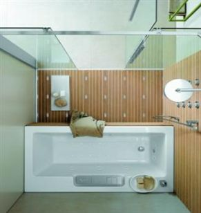 Inrichting van een zolderkamer nieuwbouwhuis in moderne design sti - Wat kleur aan een badkamer ...